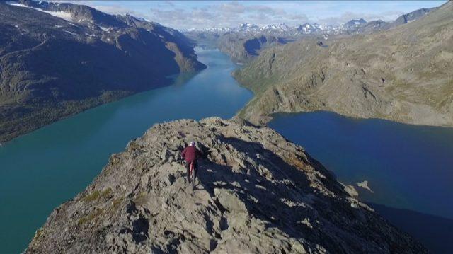 Raste over Besseggen på sykkel – NRK Hedmark og Oppland