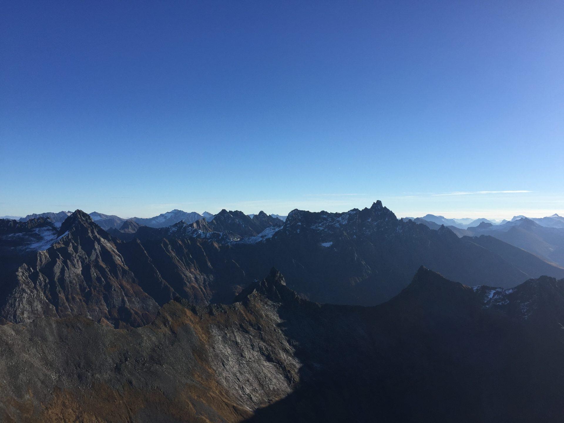 Åvasstinden 1233 moh. 22.10.2016