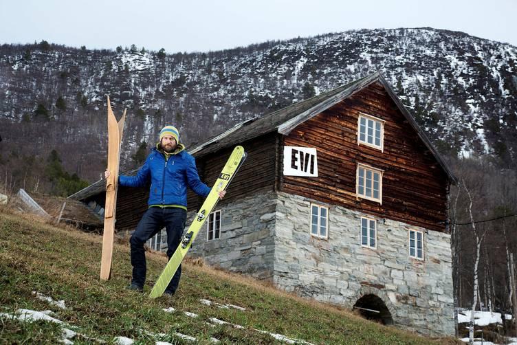 Gjorde den gamle gården om til en høyteknologisk skifabrikk