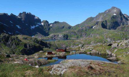 Munkebu  410 moh. fra Sørvågen