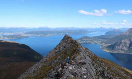 Svinetinden 1092 moh, 03.09.2017 (fra Vollane)